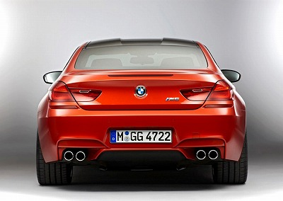 2013 BMW M6 Coupe-03.jpg